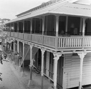 Hendrikschool (Mulo) in Paramaribo, 1947. Nationaal Archief, cc-by-sa