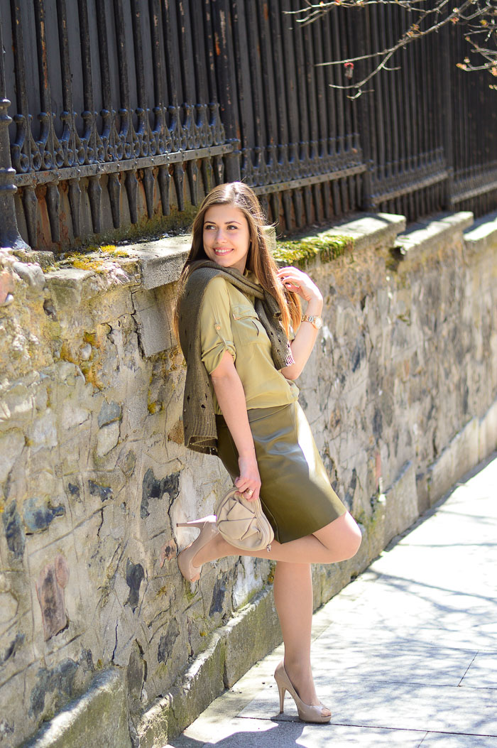 Dressed in Khaki Style Denina Martin