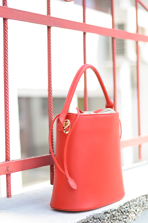 Red-Hand-Bag-Top-Secret-Spring-Outfit-Denina-Martin-5