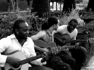 """""""Les Guitaristes"""" - Au Mont des Arts - Bruxelles"""