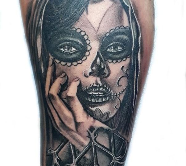 Tatuaggio fidanzata chicano