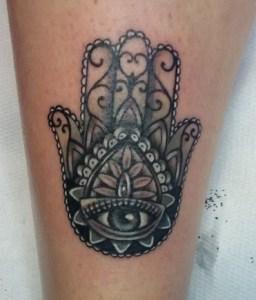 tatuaggio mano di fatima