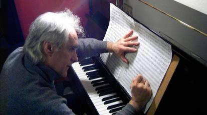 Samstag, 26. Juni 2021, 20 Uhr – Live-Stream mit Publikum: Daniel Adoue am Klavier