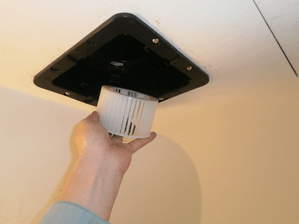 羽根が外せるファンタッチ式-浴室換気扇