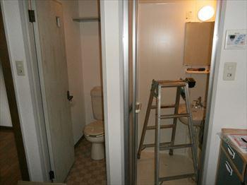 トイレ/浴室セパレートタイプのユニット