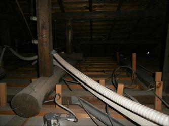 天井裏の工事形跡