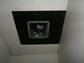 浴室側換気扇本体取付