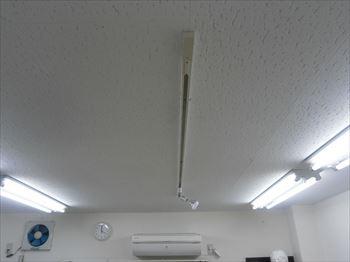 照明配線ダクト2m取付