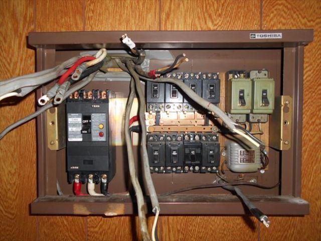 接続電線取り外し作業