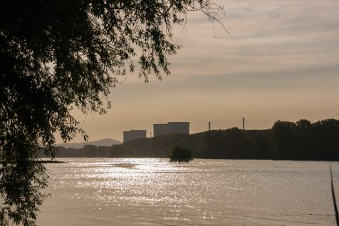 mothballed-nuclear-plant-at-Hamm