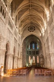inside-chalon-church