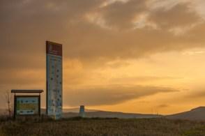 camino-sign-at-dusk