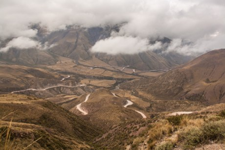 road-snaking-up-to-piedra-del-molino