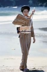 600full-lady-snowblood-photo-beach-scene