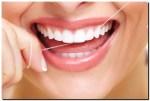 """Dokter Gigi Inggris : Percuma Kamu Gunakan """"Dental Floss"""""""