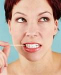 Masih Sering Pakai Tusuk Gigi? Waspada Resikonya!