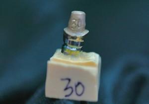 UCLA custom cast gold abutment 30