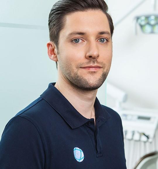 Dr. Alexander Kühn: Zahnarzt in Leinfelden – Echterdingen