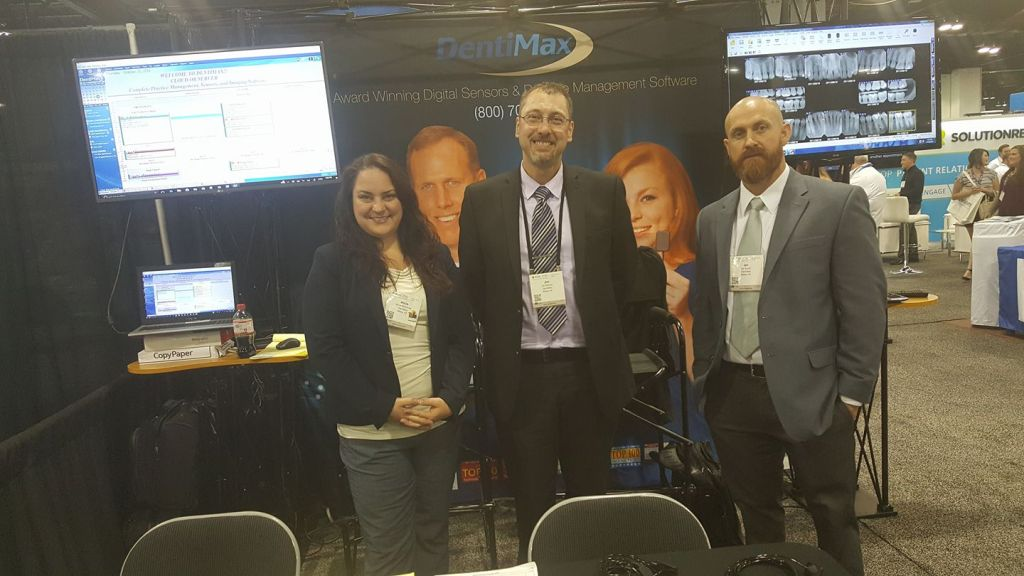 DentiMax team at dental trade show in 2016