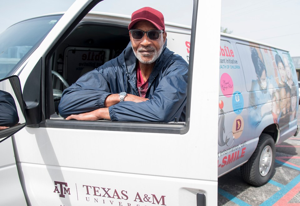 Ken Howell with the College of Dentistry's Seal Mobile