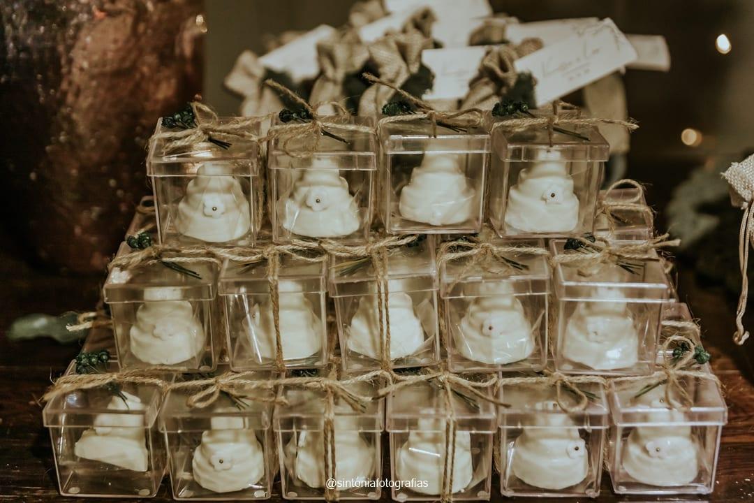 mini bolo lembrança de casamento