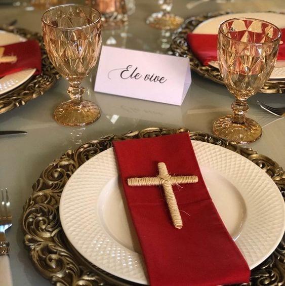 mesa posta páscoa cristã