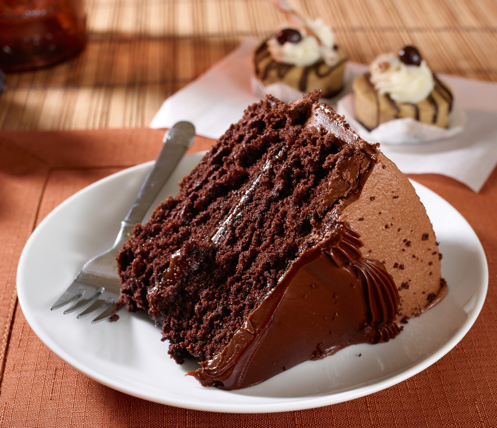 Orange County S Best Places For Chocolate Cake Cbs Los Angeles
