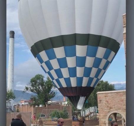 ballon-close.png