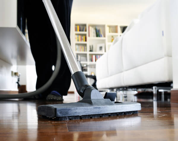 Vacuums for hardwood floors