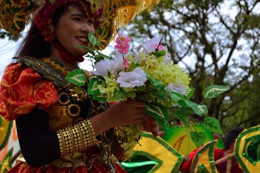 paladong-woman