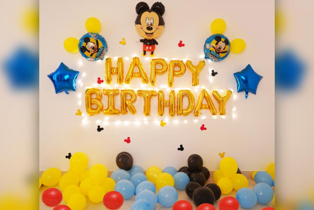 Book This Simple Yet Elegant Mickey Mouse Birthday Surprise Decor For Your Kid S Birthday