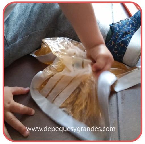 manipulando bolsa sensorial 4