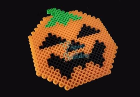 posavasos de calabaza para Halloween terminado