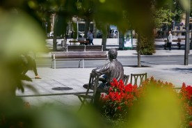 Escultura Luis Mariano (Irun)