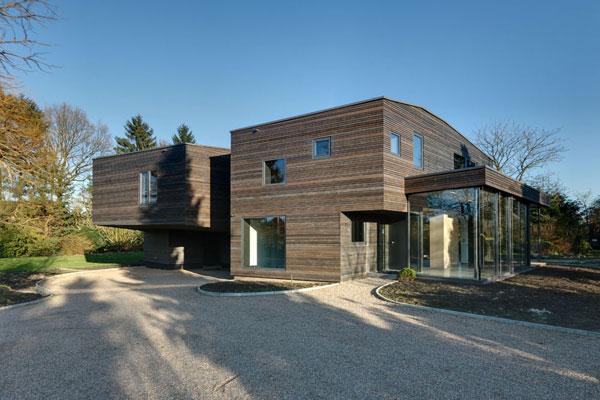 Casa moderna de 2 pisos y 350 metros cuadrados