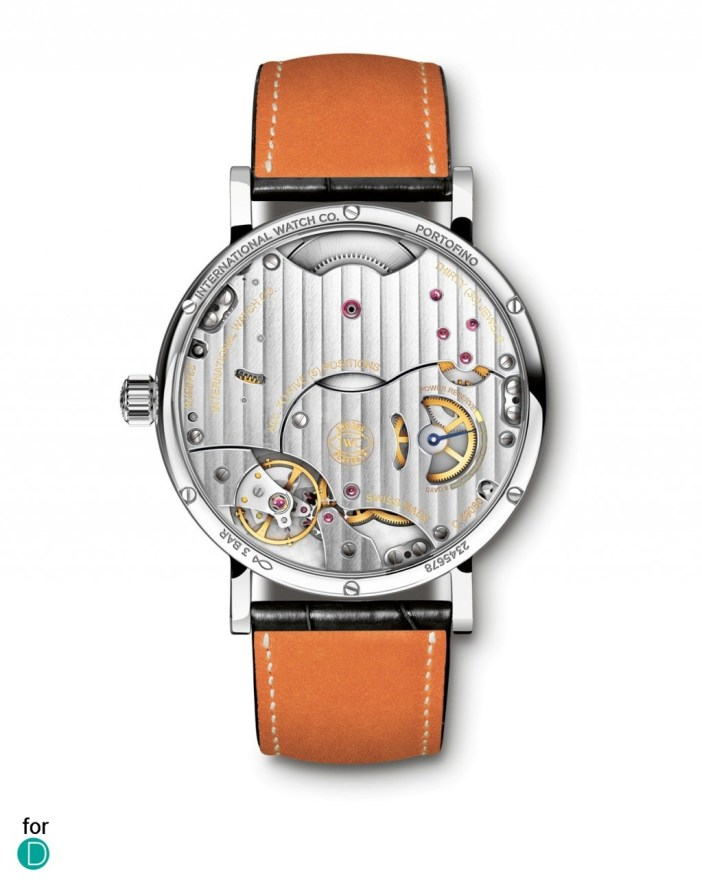 The In house calibre 59060: Hand wound and 8 days of power reserve