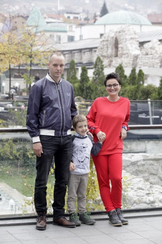nela-denisijevic-suprug-thomas