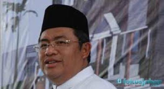 Ahmad Heryawan, Gubernur Jawa Barat.