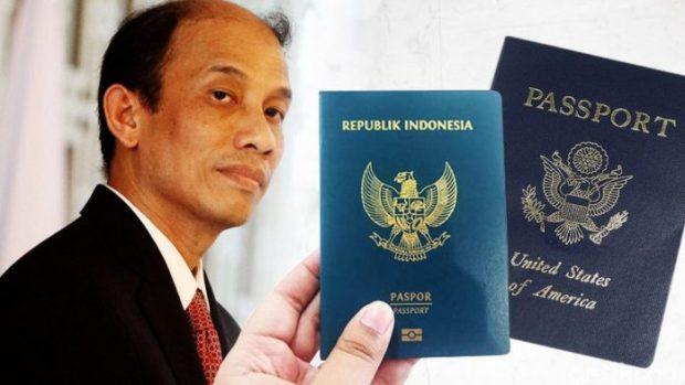 Arcandra Tahar kesandung dua paspor Indonesia dan Amerika.
