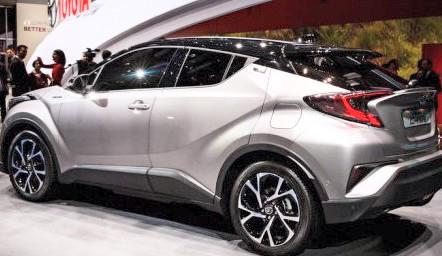Toyota akan menampilkan 3 mobil konsep di arena GIIAS 2016 mendatang, salah satunya Toyota CHR ini.