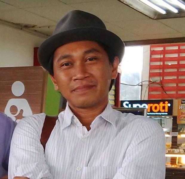 JJ Rizal, sejarawan yang rumahnya digeruduk sekelompok orang di Beji Timur karena menolak Aparkost Avicenna.
