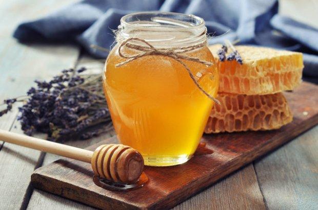 Manfaat minum air madu pagi dan malam hari