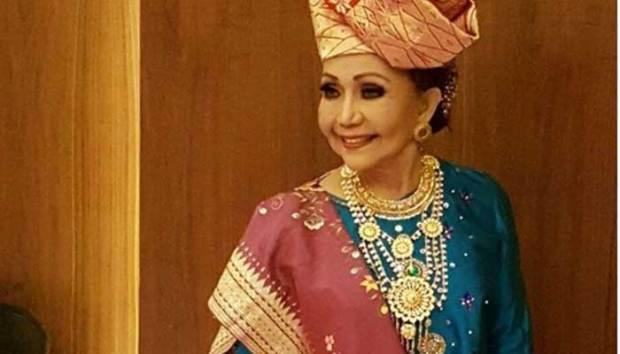 Penyanyi Minang legendaris, Elly Kasim.