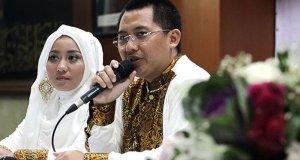Direktur utama first-travel andika surachman-dan-istrinya-anniesa-desvitasari-hasibuan mulai disidang.