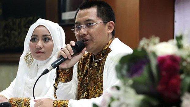 direktur-utama-first-travel-andika-surachman-dan-istrinya-anniesa-desvitasari-hasibuan dalam sebuah acara tahun 2015 lalu. Dok.