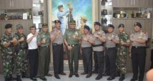 Pangdam Jaya Mayjen TNI Joni Supriyatno berkunjung ke Mako Brimob Kelapa Dua, Depok.