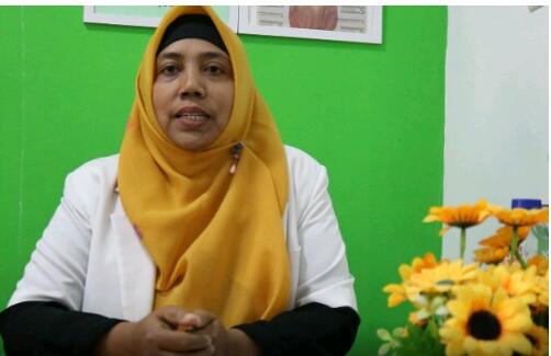 Dokter Salma pimpinan Klinik Salma.