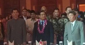 Prabowo di tengah pengusaha Tionghoa.