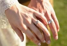 cincin tunangan couple