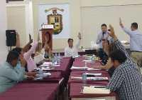 En Tecomán, alcalde, sindico y regidores aprueban incentivos fiscales por COVID-19